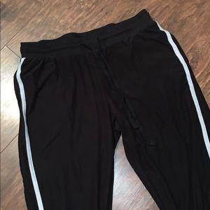 Pants - Black joggers